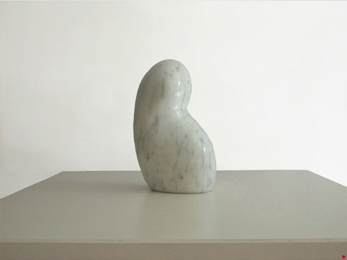 Titel: beginning Materiaal: Geaderd marmer formaat: 18 cm